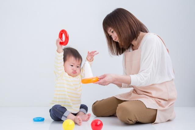 赤ちゃん_利き手2