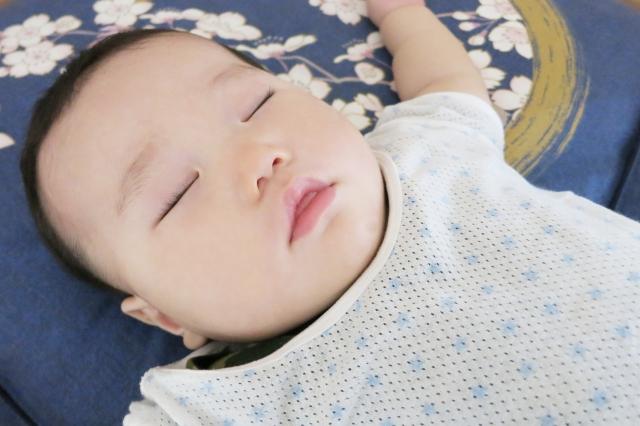 赤ちゃんの寝相が悪い原因-2