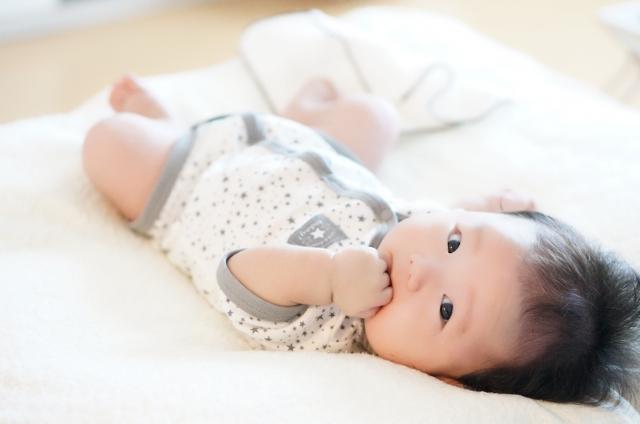 赤ちゃんの服装梅雨-1