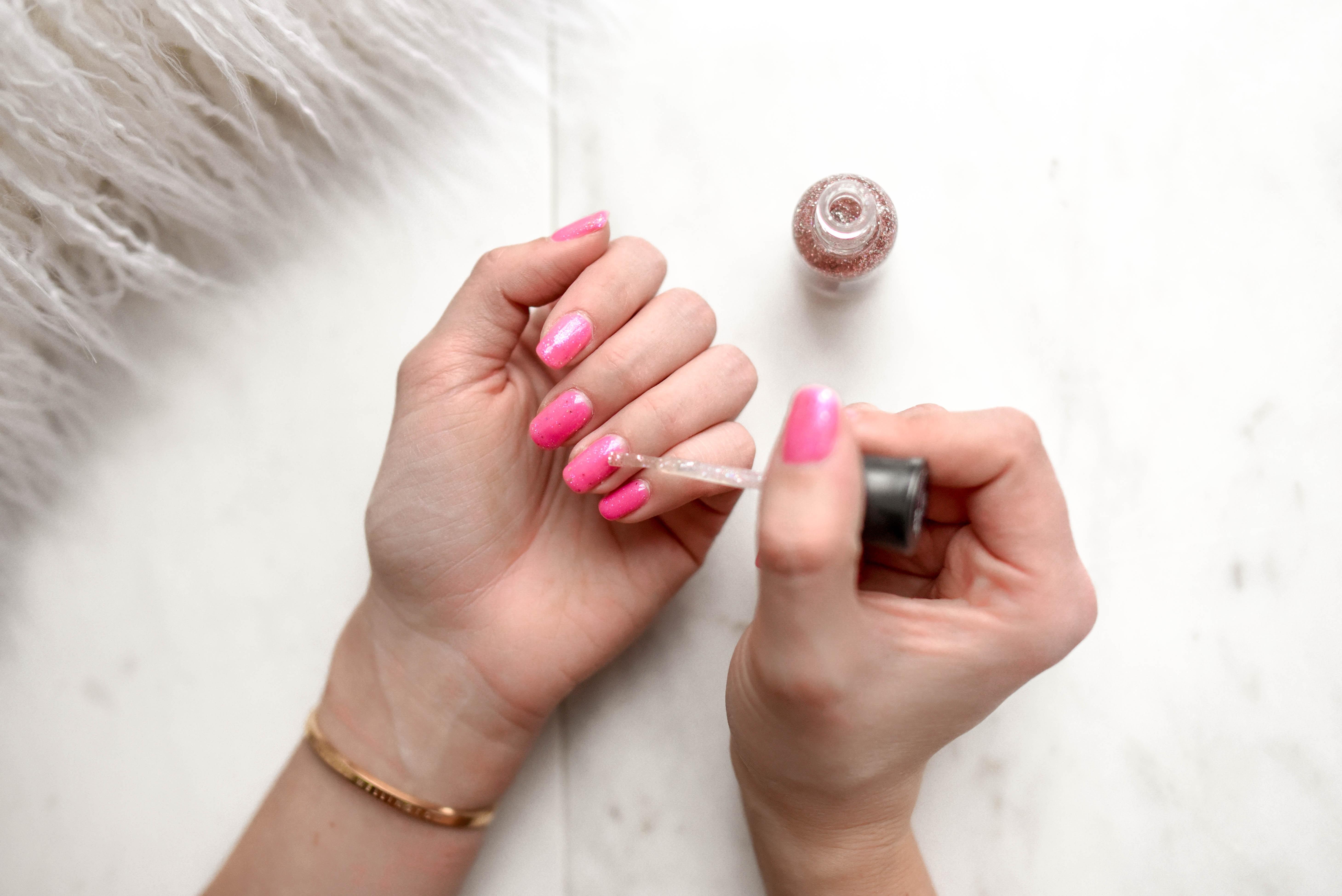 男爪を女爪にする方法