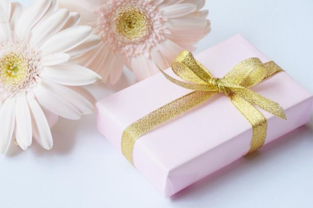 同僚が異動になったときのメッセージとプレゼント!